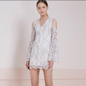 Keepsake Porcelain Lace cold shoulder dress XS NWT